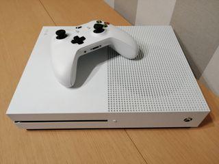 Xbox One S 1Tb + 3 juegos