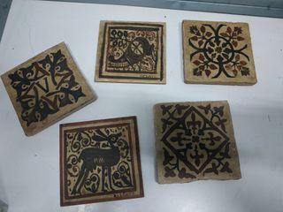 Lote de azulejos antiguos pintados a mano