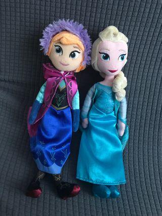 Ana y Elsa . Muñecas peluche Frozen