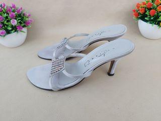 zapato de fiesta tacón sandalias Marian T.38