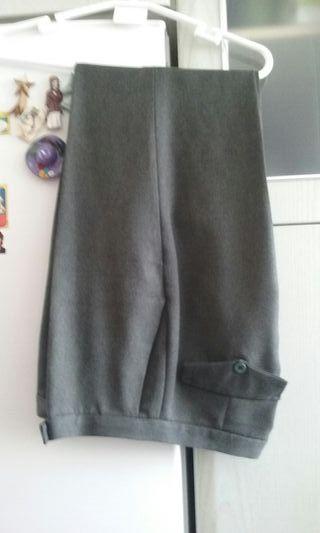 Pantalon verde botella