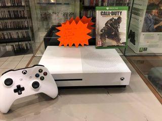 Xbox One 500GO +1 manette+1jeu