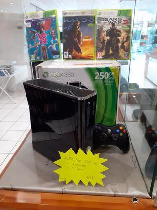 Xbox 360 , 250Go +1 manette +3 jeux