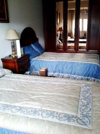 Dormitorio completo madera cerezo