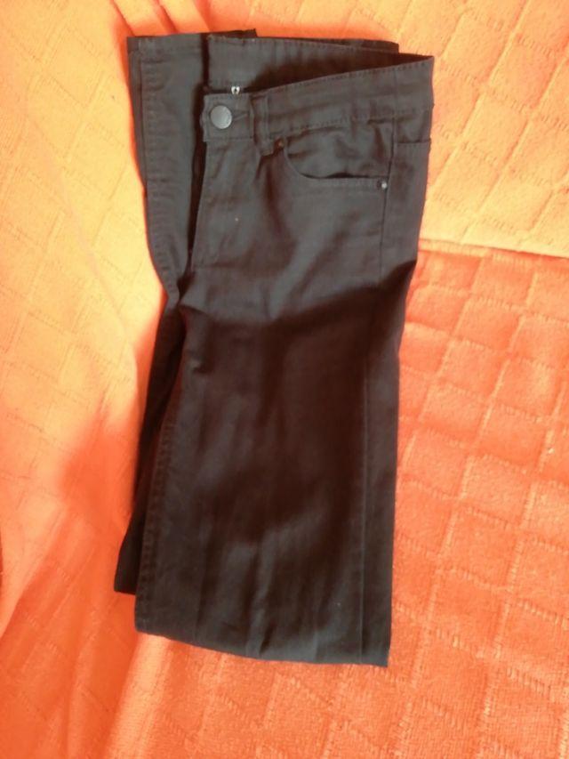 Pantalones negros. talla 36. H&M