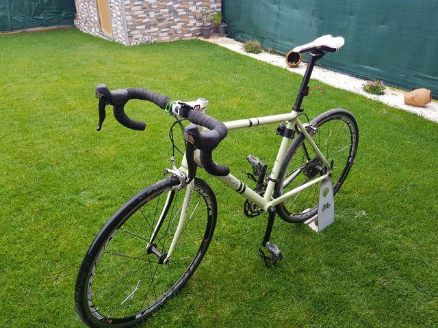bicicleta urbana/carretera/gravel