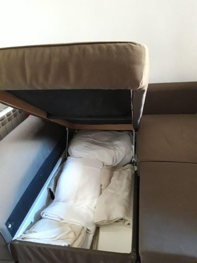 sofá cama con chaiselongue