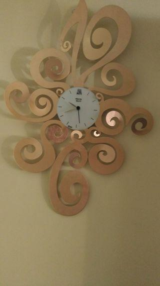 Reloj moderno para salón (telf. 670465113)