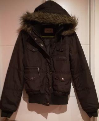 Cazadora con capucha marca ONLY talla M