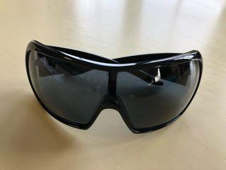 Gafas de sol Miu Miu. Hombre