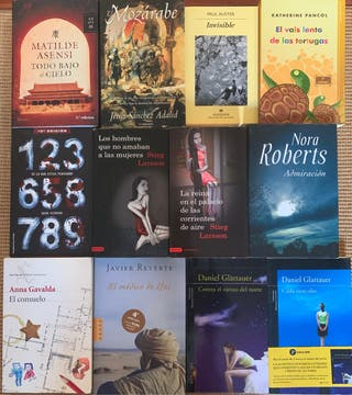 Set de 12 novelas.