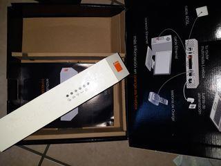 2 routers orange