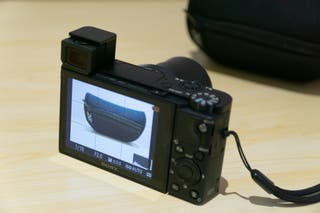 Cámara compacta Sony RX100 V