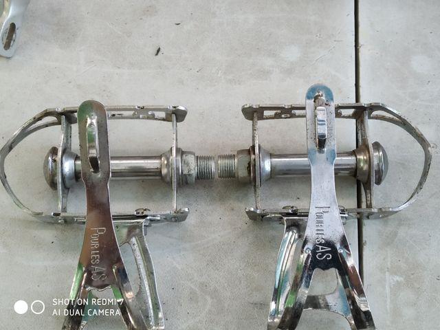 pedales notario
