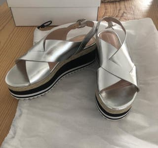 Sandalias plateadas de Zara talla 39