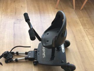 Patinete universal con silla