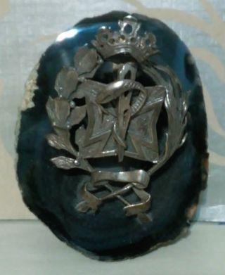 Piedra de agata azul con escudo farmacia