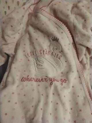 Pijama bebé niña