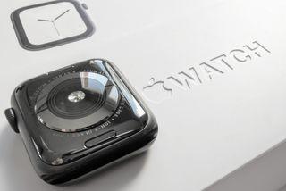 Apple Watch 4 40mm (GPS+CEL) *** Nuevo