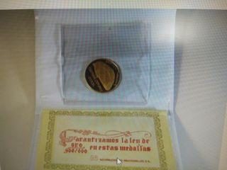 Real Madrid moneda de oro 75 aniversario