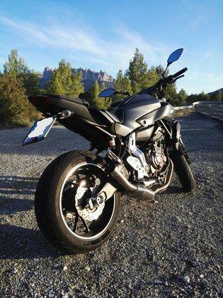 Yamaha MT07 limitada