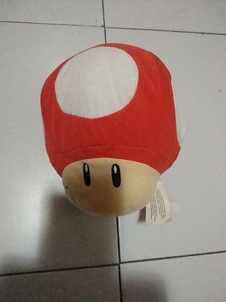 peluche seta de Mario Bros