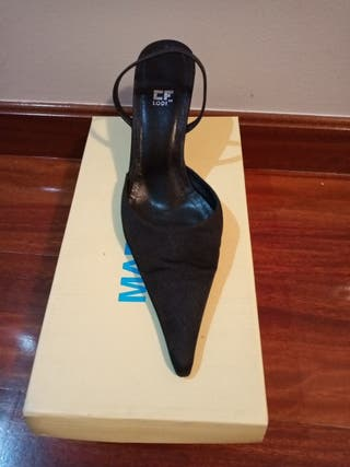 Zapato de fiesta raso
