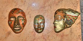 3 Máscaras de Bronce