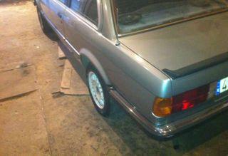 BMW E30 318I M10 COUPE DESPIECE COMPLETO