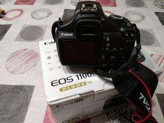 Cámara Canon EOS 1100D. Como nueva y con extras