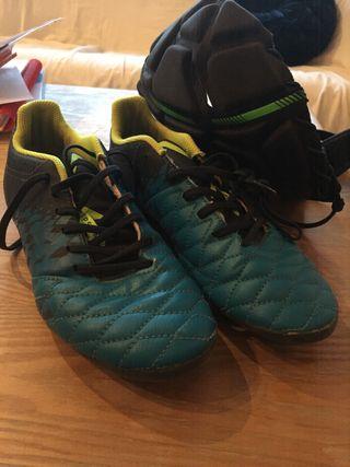 Zapatos tacos y gorra rugby