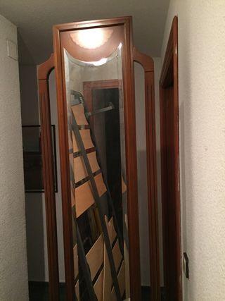 Paragüero con espejo .