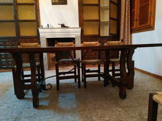 OFERTON!. Mesa rustica de madera maziza + 8 sillas
