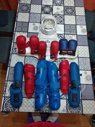 Protecciónes de karate