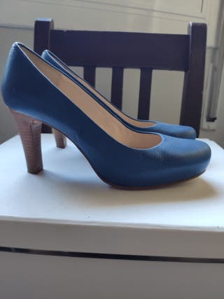 Zapatos tacón azul 36 Unisa.