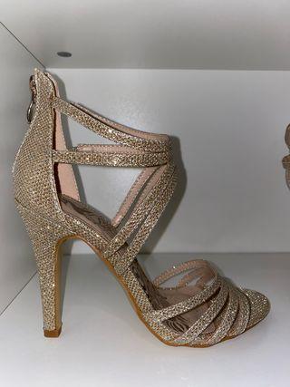 Sandalias fiesta doradas