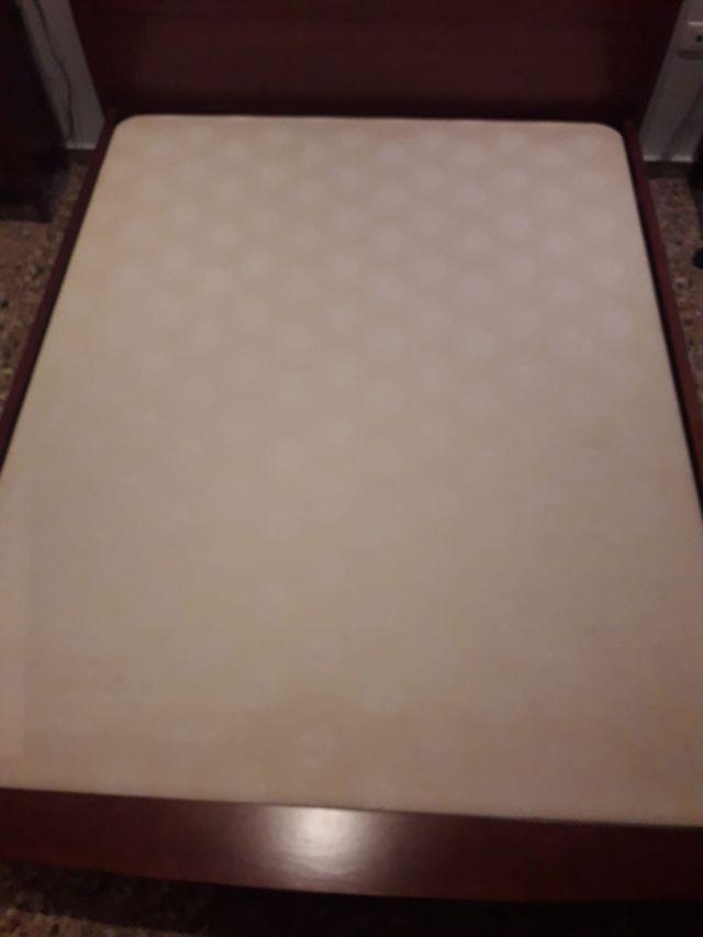 base tapizada colchon