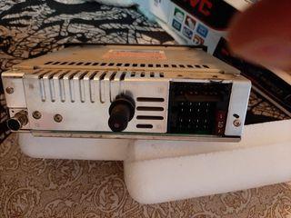 Radio original Citroën (marca Clarion)