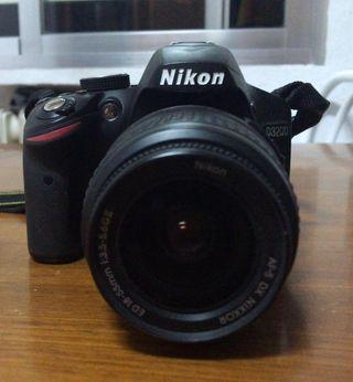 Camara Nikon D3200