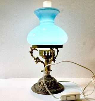 Antigua lámpara de mesa