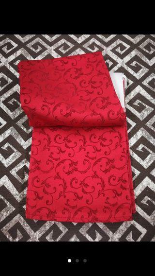 Mantel rojo 140x300 antimanchas nuevo