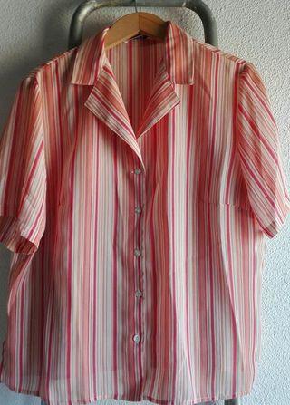 Camisa rayada, tonos rosados y salmón. Talla 50