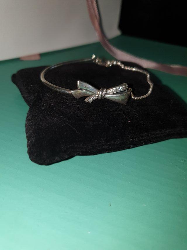 Pandora bracelet. new in box. size S.