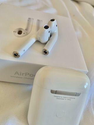 AirPods 2 audífonos iPhone. (Nuevos) El ipho