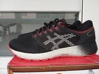 zapatillas Asics 42,5
