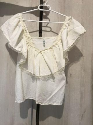Camiseta volante blanca Zara Trf
