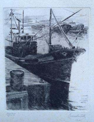 Grabado de un barco pesquero en puerto Asturias