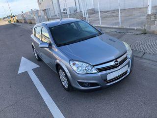 Opel Astra cambio de nombre incluido