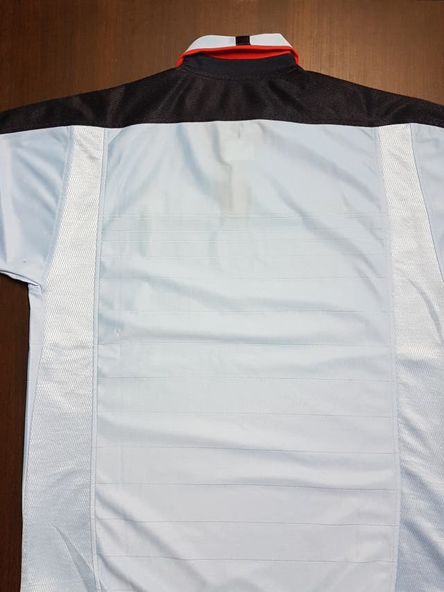 Celta de Vigo, camiseta Umbro 03/04.