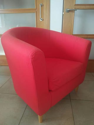 Sillón rojo IKEA